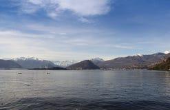 Озеро с mountains-3 Стоковая Фотография