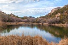 Озеро таз Глуш-гранита горы Аризон-Prescott-гранита Стоковая Фотография RF