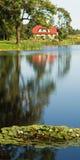 озеро дома Стоковое Изображение