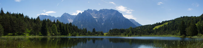 озеро alps Стоковое Изображение