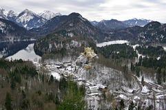 Озеро Alpsee и замок Hohenschwangau Бавария Германия Стоковая Фотография RF