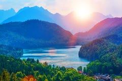 Озеро Alpsee, район Ostallgau, Бавария, Германия Стоковые Фото