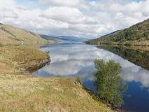 Озеро Arkaig, Шотландия весной Стоковая Фотография