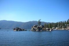 Озеро Big Bear, озеро в горе Стоковые Фотографии RF