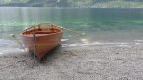 Озеро Bohinj, каное, slovenie 122055 акции видеоматериалы