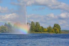 Озеро Boivin и фонтан Стоковые Изображения RF