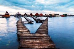 Озеро Bokod заход солнца Стоковое Изображение RF