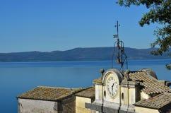 Озеро Bracciano от Anguillara Стоковое Изображение RF