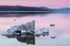 озеро 2008 california исключительнейшее mono одно устанавливает запад Стоковое фото RF