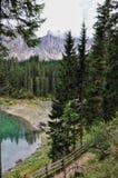 Озеро Carezza Стоковое Изображение