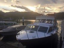 Озеро Como на сумраке Стоковые Изображения