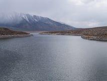 Озеро Crowley в восточном ряде сьерра-невады стоковое фото rf