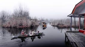 Озеро Dal озеро в Сринагаре, Кашмире, Индии Стоковое Изображение