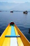 Озеро Dal, шлюпка Shikara, Сринагар, Индия Стоковое Фото