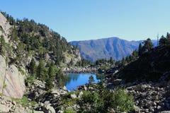 Озеро ` Estanyera del Mig `, долина Gerber Стоковое Изображение