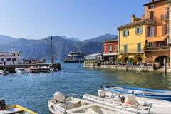 Озеро Garda, самое большое озеро в Италии, порте для шлюпок, Malcesine, Италии стоковые изображения rf