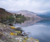 Озеро Goil на замке Carrick Стоковое Изображение