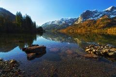 Озеро Grundlsee осени Стоковое Фото