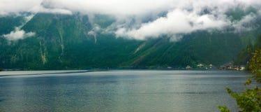 Озеро Hallstäteter Село Hallstatt Стоковая Фотография RF