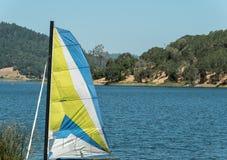 Озеро Hennessey, Napa County, Калифорния Стоковая Фотография RF