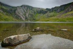 Озеро Idwal в Snowdonia северном Уэльсе Стоковое Фото