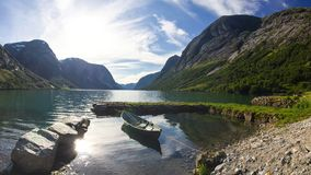 Озеро Jolstravatnet в южной Норвегии Стоковые Фото