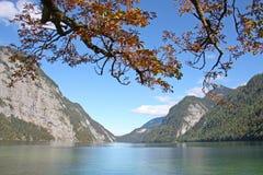 Озеро Königsee гор, Бавария. стоковая фотография