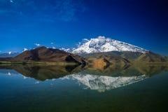 Озеро Kara Kul Стоковая Фотография RF