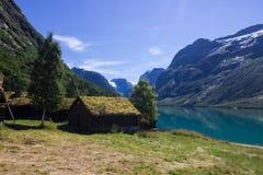 Озеро Lovatnet в Норвегии в Европе Стоковая Фотография