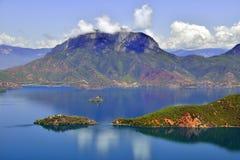 Озеро Lugu, королевство женщин Стоковое фото RF