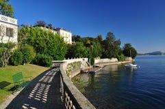 Озеро Maggiore, Италия: Городок берега озера Verbania Pallanza Стоковая Фотография RF
