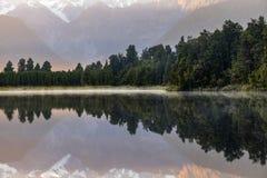 Озеро Matheson, Новая Зеландия стоковое изображение