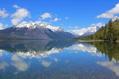 Озеро Mc Дональд в национальном парке ледника, Монтане Стоковые Фотографии RF