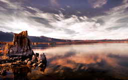 озеро mono Стоковое Фото