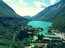 Озеро Morto около Беллуно (Италия) стоковые изображения rf