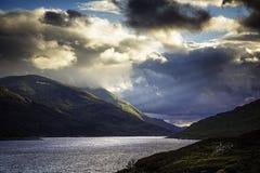 Озеро Mullardoch Стоковые Изображения