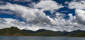 Озеро Namtso, Тибет Стоковая Фотография