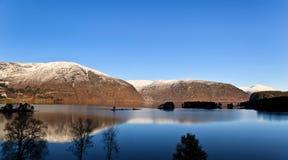 Озеро Oppstryn Стоковое Изображение RF