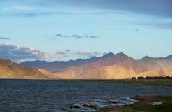 Озеро Pangong в северном Индии Стоковые Фото