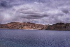 Озеро Pangong, Ladakh стоковое изображение rf