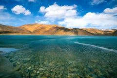 Озеро Pangong, Leh Ladakh, Индия Стоковые Изображения RF