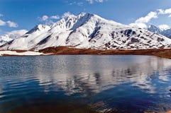Озеро PenziLa около пропуска PenziLa, Zanskar, Ladakh, Джамму и Кашмир, Индии Стоковые Изображения RF