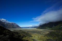Озеро Pukaki от долины Tasman Стоковые Фотографии RF