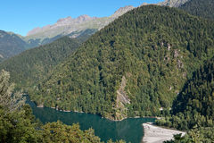 Озеро Ritsa Стоковое Изображение