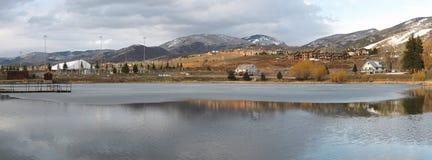 озеро rockies стоковые изображения