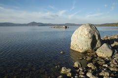 Озеро ` s Bracciano, взгляд от Anguillara Sabazia Стоковые Фотографии RF