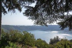 Озеро ` s Nemi стоковое изображение rf