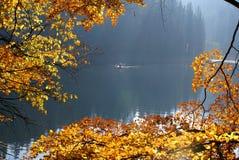 Озеро Sinevir в прикарпатских горах стоковые фото