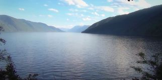 Озеро Teletskoe Стоковые Изображения