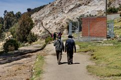 Озеро Titicaca Ла Isla del Sol 2 стариков стоковые изображения